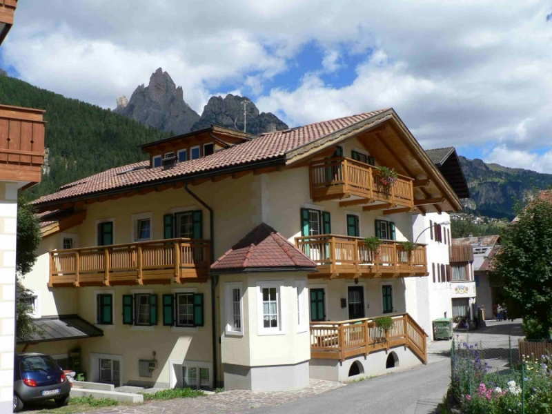 Holiday House VILLA SAN CARLO in Pozza di Fassa (Trento)